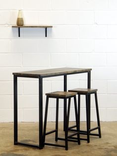 Breakfast Bar Table / Bistro Cafe Bar Table - Industrial Style Wood and Metal like Reclaimed Furniture Reclaimed Wood Bars, Reclaimed Furniture, Steel Furniture, Industrial Furniture, Patio Bar Set, Pub Table Sets, Kitchen Stools, Wooden Kitchen, Kitchen Tables