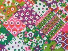 Vintage Fabric Remnant Cotton Retro 1960 Flowers Patchwork print