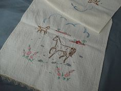 https://www.etsy.com/listing/198990702/1940s-cotton-embroidered-table-runner