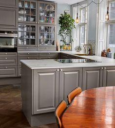 Grey Kitchens, Home Kitchens, Interior Design Kitchen, Interior Decorating, Beddinge, Kitchen Dining, Kitchen Cabinets, Interior Design Inspiration, Furniture Design