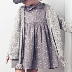Tocoto - gilet gris et robe à pois