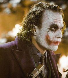 Joker® batman DC comics The beast Fotos Do Joker, Joker Pics, Joaquin Phoenix, Batman Book, Joker Batman, Batman Bad Guys, Gotham City, Joker Heath, Heath Ledger Joker