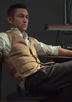Joseph Gordon-Levitt, I'm sorry but this man doesn't even need to try