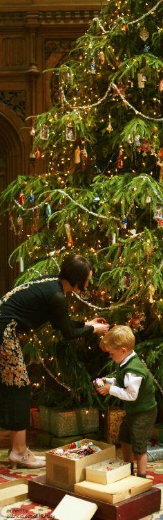Downton Abbey Christmas tree