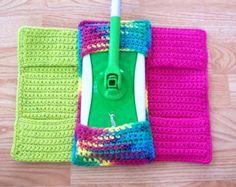Set of 3 Cotton Crochet Swiffer Cover by amieq on Etsy Crochet Kitchen, Crochet Home, Crochet Crafts, Crochet Projects, Diy Crafts, Cotton Crochet, Knit Or Crochet, Easy Crochet, Crochet Dolls