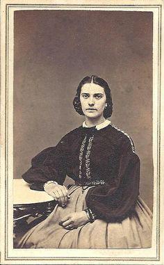 Garibaldi blouse of 19th century. (named after Italian army leader Giuseppe Garibaldi)