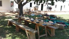 Vergenoegd Low Wine Estate is located in Stellenbosch. The ideal establishment to enjoy wine tasting, a picnic or delicious restaurant meal. Picnic Baskets, Picnic Table, Delicious Restaurant, Order Book, Wine Tasting, Cape, Menu, Lunch, Snacks