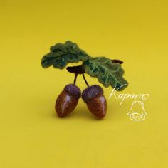 Acorns brooch #3. Needle felted brooch. Fall. Autumn. Thanksgiving gifts. Wool…