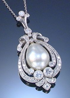 PEARL AND DIAMOND PENDANT, EARLY 20TH CENTURY