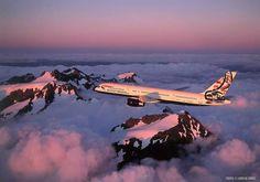 British Airways B757, Canada World Art tail. ©John Dibbs