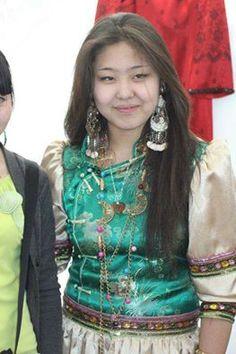 Altay Türk kızı
