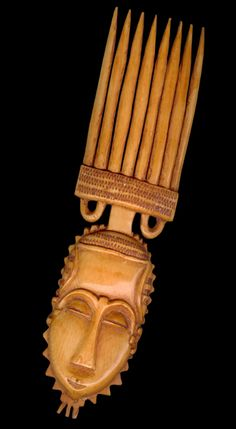 Africa | Comb from the Yaure people of the Ivory Coast | Ivory | 1970