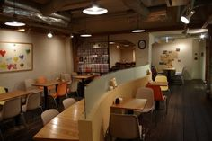 take a cafe  和歌山県和歌山市元寺町1−25 073-433-8755 営業時間 11:00〜19:00 定休日 木