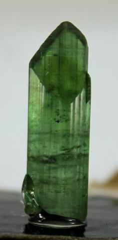 8 carats Top Quality Terminated Natural Neon Green by GemzLand