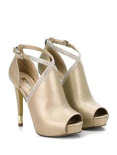 GUESS - Scarpa con tacco - Donna - Scarpa con tacco in pelle effetto  laminato con e4c2fd0963e