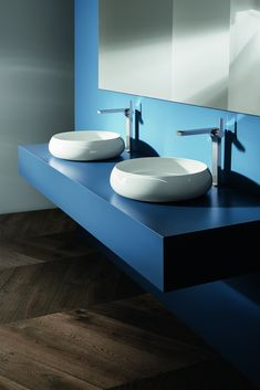 Bette's new launches at ISH included a beautiful, individually made washbasin and a circular bath – both in its glazed titanium-steel with a 30 year warranty. Basin Design, Public Bathrooms, Shower Units, Bathroom Trends, Bathroom Ideas, Duravit, Interior Design Magazine, Shower Enclosure, Bathroom Furniture