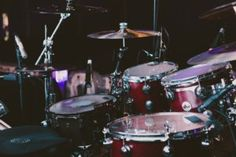 selective focus photography of red drum set Beautiful, free Red photos from the world for everyone - Infinity Collections Drums Pictures, Music Pictures, Acoustic Drum, Best Drums, Perfect Music, Drum Lessons, Music Lessons, Drum Machine, Music Images