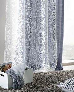Záclona Baum, barva bílá, rozměr 135 x 245 cm, 70 % polyester, 30 % bavlna, cena…