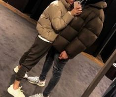 love, cute i Relationship grafika w We Heart It Couple Goals Relationships, Relationship Goals Pictures, Ropa Brandy Melville, The Love Club, Black Couples, Boyfriend Goals, Cute Couples Goals, Couple Outfits, Love Couple