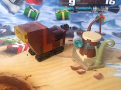 Jawa's Sandcrawler and Weapon Rack (Lego Star Wars Advent Calendar 2015 | Day 5 + 6)