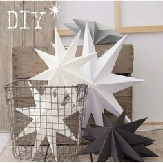 DIY Papiersterne und Weihnachtsstrauß Source bystar lantern Picture - More Detailed Picture about New Nine Angles Paper Star Decoration Tissue Paper Star Lantern Hanging Stars For Christmas Party Decoration Picture in Party DIY Decorations from Meic Diy Christmas Paper Decorations, Christmas Lanterns, New Years Decorations, Diy Party Decorations, Christmas Colors, Christmas Diy, Christmas Ornaments, Scandinavian Christmas, Paper Star Lanterns