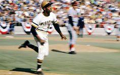 Roberto Clemente, 1971 World Series. Pirates Baseball, Baseball Star, Sports Baseball, Baseball Players, Sports Teams, Roberto Clemente, Pittsburgh Sports, Pittsburgh Pirates, 1971 World Series