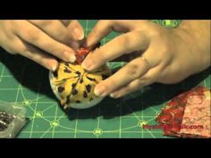 How to make a Quilted Ornament Ball - Christmas decoration - YouTube