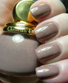 Dior Diorific Frimas #318 - Swatches and Review | Pointless Cafe