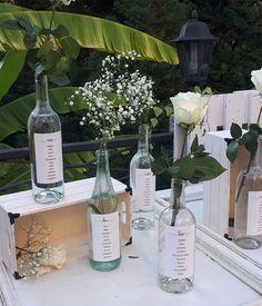 Unas invitaciones de boda muy elegantes   María Vilarino Glass Vase, Table Decorations, Home Decor, Wedding Invitations, Day Planners, Weddings, Elegant, Home Interior Design, Decoration Home