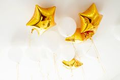 gold star balloons | 7 tips to a budget-friendly party