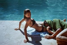 Romy Schneider et Alain Delon sur le tournage de la piscine 1968