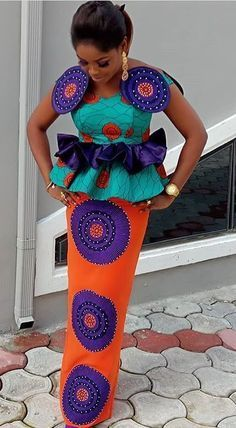 Latest Ankara Styles for wedding: Check out 55 Beautiful And Stylish Ankara Styles For Wedding African Fashion Ankara, Ghanaian Fashion, African Inspired Fashion, Latest African Fashion Dresses, African Dresses For Women, African Print Dresses, African Print Fashion, African Attire, African Wear