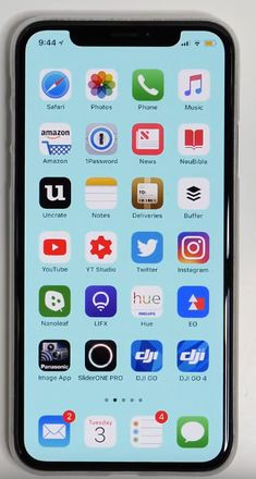 Organize Apps On Iphone, Whats On My Iphone, Application Iphone, Iphone App Layout, Phone Organization, Instagram Story Ideas, Iphone Accessories, Apple Products, Homescreen
