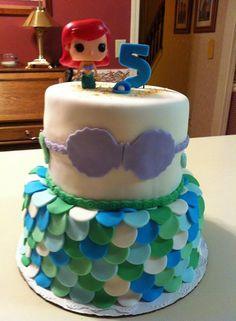 Makenzie's mermaid cake.