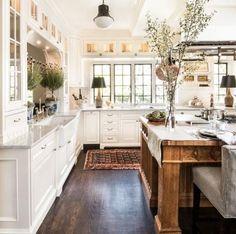 That kitchen island