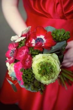 Beautiful red bouquet for a red wedding dress...