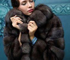 Sable fur coat Fur Fashion Trends. Fur brokers service / меха с аукционов International Fur broker сервисе on all auctions. Услуги пушного брокера на всех аукционах. fb.com/FurOnlinePlus  #furonline #furfashion #fur