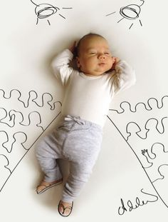 Baby's Photos With Cute Pen Drawings by Adele Emersen | Creative Spotting