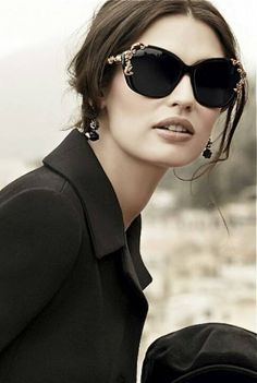 Love the new D&G ad campaign. And, of course, i love their sunglasses collection