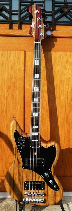 www.daguetguitars.com