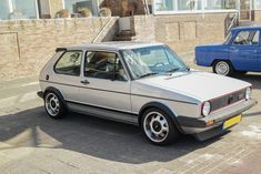 Looking for similar pins? Follow me! http://kohlsson.link/1W5N6ws | kevinohlsson.com Perfectly modded Volkswagen Golf GTI MK1 [4000 x 2667]