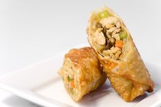 Ground chicken egg rolls are splendid as a starter and can double duty as a complete meal in case of on-the-go lunch. Rolled Chicken Recipes, Egg Roll Recipes, Tapas Recipes, Dog Treat Recipes, Healthy Recipes, Asian Recipes, Appetizer Recipes, Crockpot Recipes, Appetizers