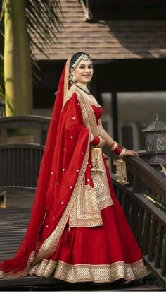 Sabyasachi Lehenga Bridal, Lehenga Saree Design, Indian Bridal Lehenga, Red Lehenga, Indian Bridal Outfits, Indian Bridal Fashion, Bridal Dresses, Wedding Dress, Wedding Lehenga Designs