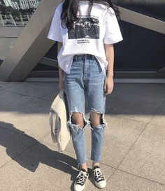korean fashion Jeans Denim Women Holes Zipper Pockets Straight Pants Casual Womens Slim High Waist All-match Vintage Chic Korean Style Daily Korean Fashion Trends, Korean Street Fashion, Asian Fashion, Look Fashion, Korean Fashion Casual, Korea Style Fashion, Korean Women Fashion, Ulzzang Fashion Summer, Womens Fashion