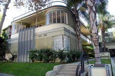 Art Deco: Mauretania Milton J. Black Architect, photo by Michael Locke. Art Deco: Mauretanien Milton J. Houses Architecture, Architecture Art Nouveau, Amazing Architecture, Architecture Details, Interior Architecture, Bauhaus, Casa Art Deco, Art Deco Home, Motif Art Deco