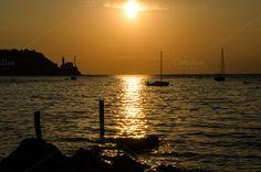 Golden sunset by Dreamy Pixel on Creative Market