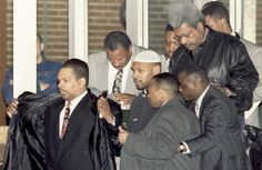Mike Tyson leaving prison with Don King and his entourage - Fan's Perspective: Ed Bradley Interviews Mike Tyson In Prison