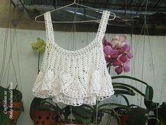 Crochet summer crop top of pineapple stitch