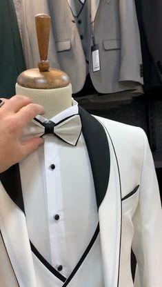 Prom Suits For Men, Dress Suits For Men, Formal Dresses For Men, Men Dress, Vintage Wedding Suits, Wedding Dresses Men Indian, Wedding Dress Men, Designer Suits For Men, Mens Fashion Suits