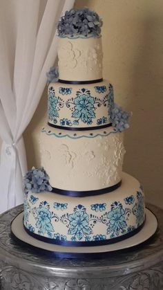 Delft Wedding Cake
